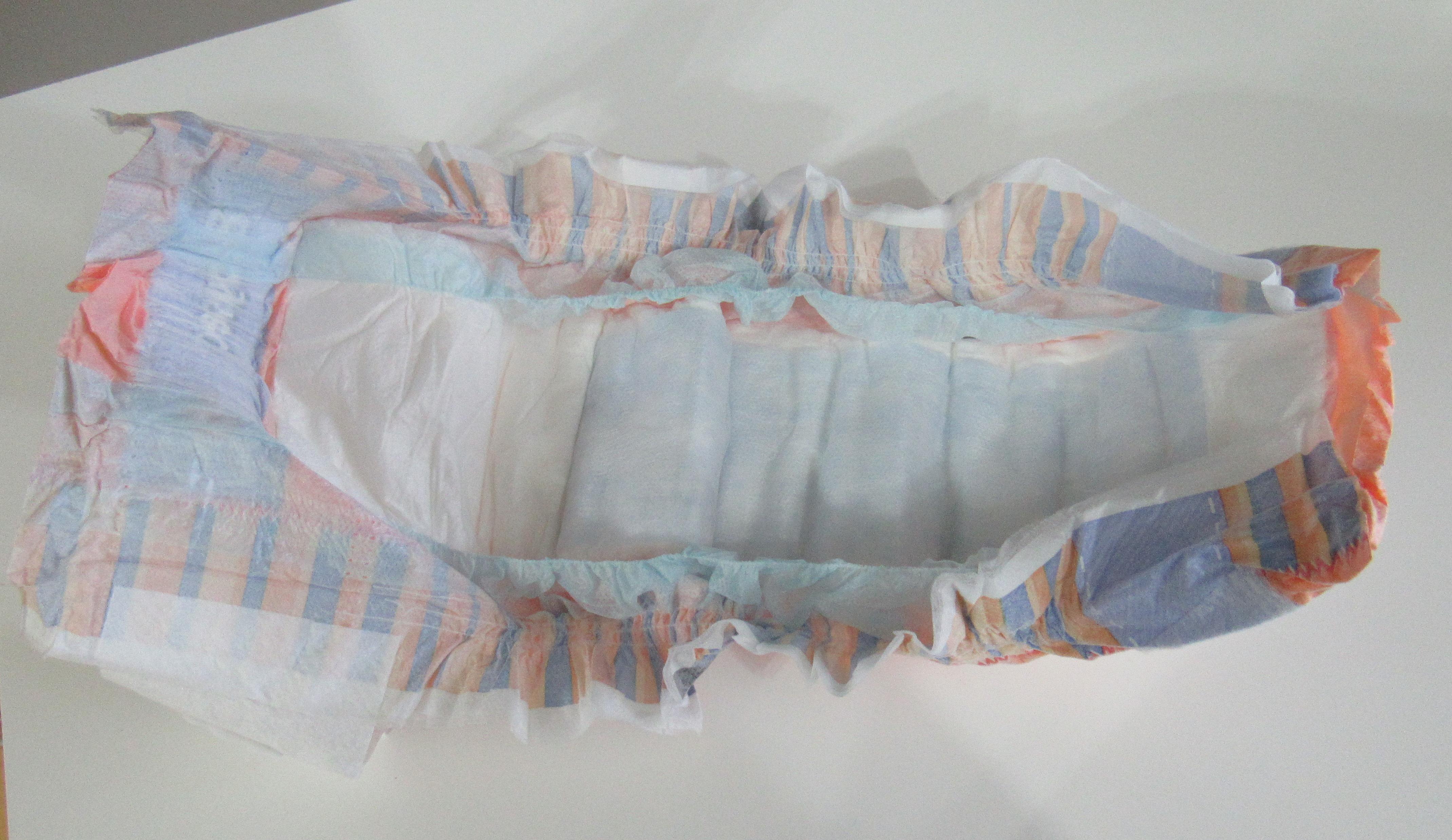 fraldas e toalhas umedecidas da Baby Sec