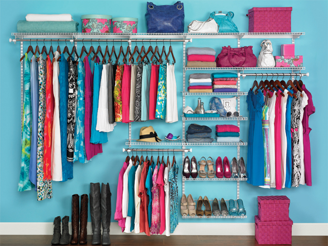 guarda-roupas organizado
