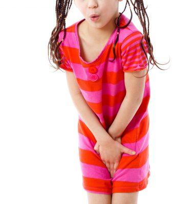 menina infecção urinária