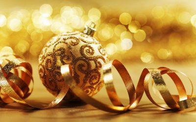 bola-de-natal-decorada-em-tons-dourados-imagens-imagem-de-fundo-wallpaper-para-pc-computador-tela-gratis-ambiente-de-trabalho